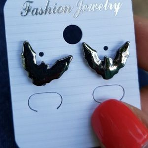 Boutique Jewelry - Dark Pewter Bat Stud Earrings Halloween Goth