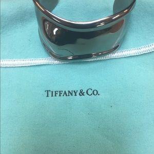 Authentic pre-owned Tiffany & co. Bone cuff brac