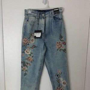 High waisted embroidered jeans