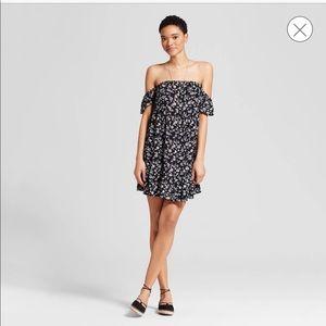 Off the Shoulder Ruffled Dress