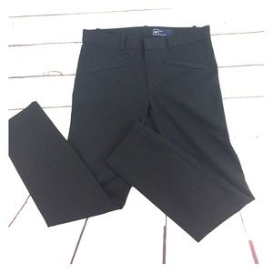 GAP Black Stretchy Pant