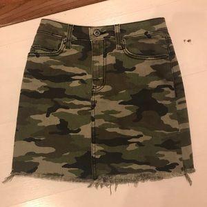 LF mini skirt