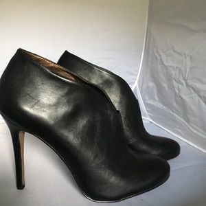 Sole Society black booties size 9