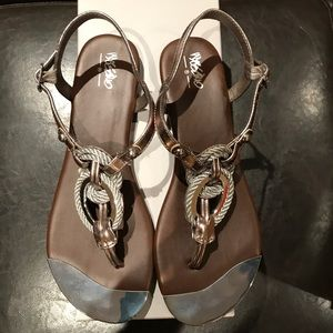 Silver / pewter thong sandals size 9, like new
