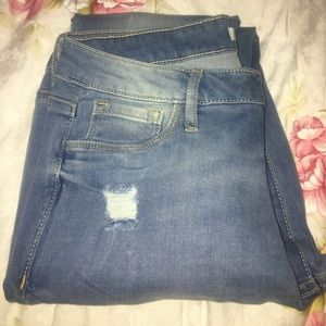 Light Wash NEW Skinny Jeans Size 8