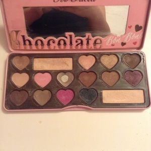 Chocolate bar pallete