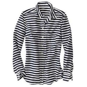 GAP tailored blue & white striped shirt sz M
