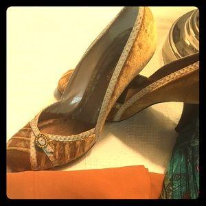 7.5 BCBG Gold Velvet Heels