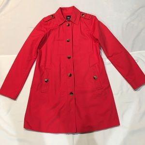 Gap Trench Coat with Tortoiseshell Buttons, Small