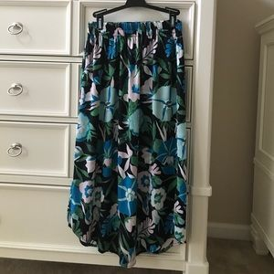 👗LOFT👗 Tropical Floral Maxi Skirt Petite SMALL