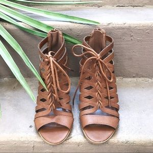 New brown ankle sandals Forever 21 women's size 6.