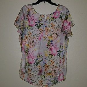 Tops - Slightly used blouse