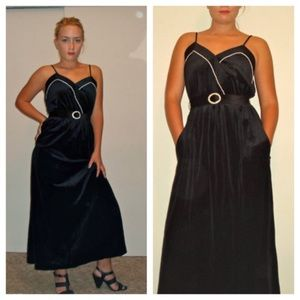 Vintage Velvet Maxi Full Length Prom Dress Costume