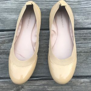 Banana Republic Tan Patent Leather Ballet Flats 6M
