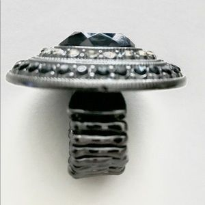 Vintage onyx and marcasite stretch costume ring