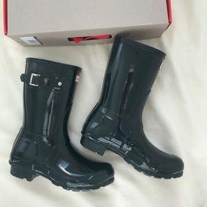 Brand new hunter short gloss rain boots