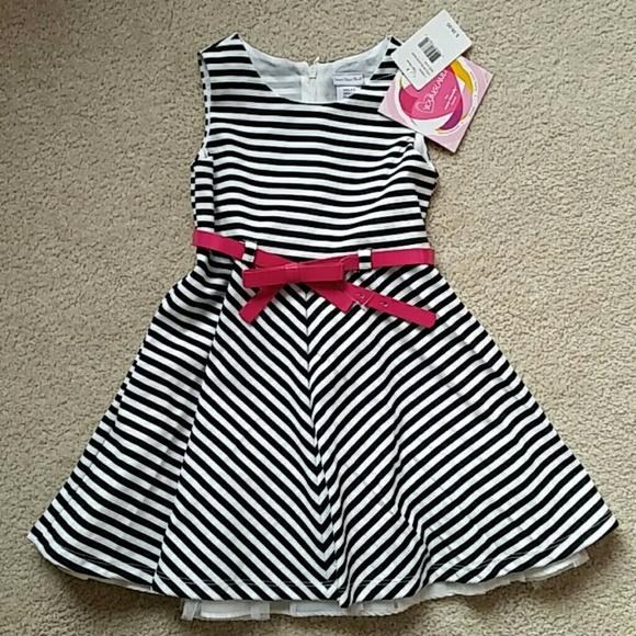 5a0f49fa60 Girls Black and White Striped Dress NWT
