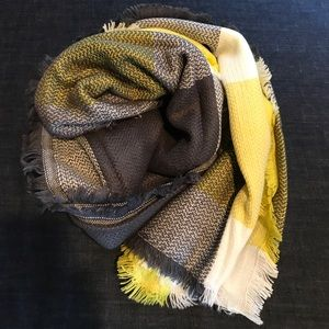 Accessories - Yellow & Grey Blanket Scarf