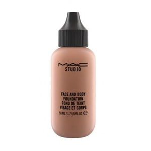 Mac • studio face and body foundation N9
