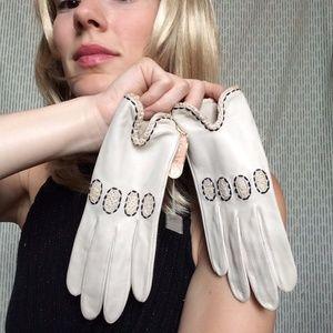 Vintage Hallie's White Leather Crochet Gloves