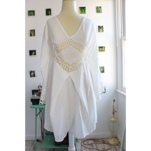🎉SOLD🎉70s Inspired White Romper