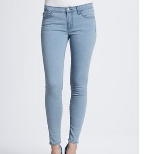 J Brand Skinny Leg Jean in Beautiful Blue
