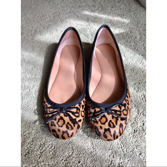 Banana Republic Shoes - Banana Republic Leopard Calf Hair Ballerina Flats