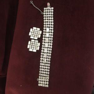 Vintage Weiss Brilliant Rhinestone Bracelet & ERS