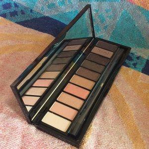 Yvette Saint Laurent Paris 10 color eye palette