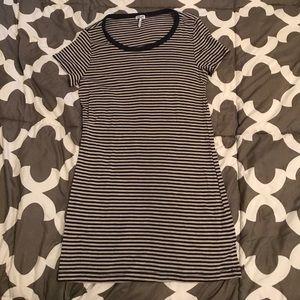 Splendid T-shirt, Blue and gray stripes.