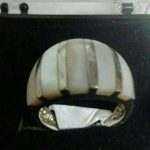 Silver mother of pearl ring new