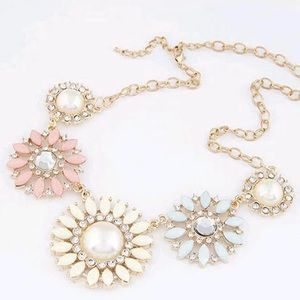 🆕💋 Colorful Flowers Gold Necklace