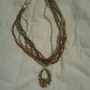 Ladies necklace. Very pretty