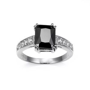 Black Princess cut crystal inland ring size 7