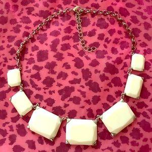 Ivory chunky necklace