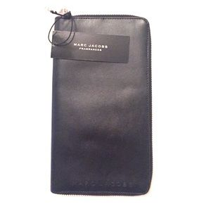 Marc Jacobs Travel Wallet