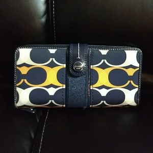 Coach Signature Blue/Orange Snap/Zip Lg. Wallet