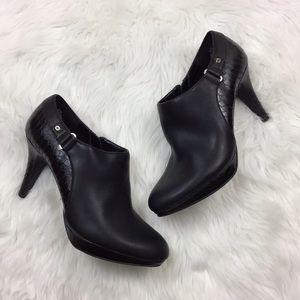 🍎Bandolino Black Zip-up Stiletto Heeled Booties