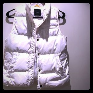 ✨brand new✨ white JCrew Puffer Vest