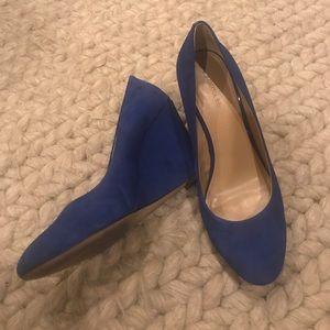 Blue Suede like Wedges!