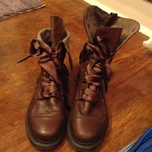 Dr.Martin boots