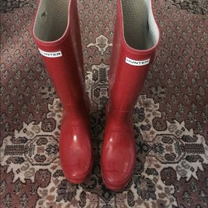 Size 10 Red Glossy Hunter Boots