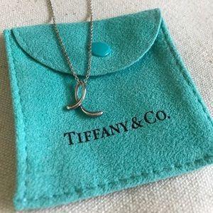 """Elsa Perreti letter """"e"""" necklace, silver"""