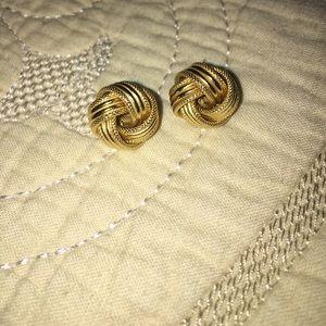 """Jewelry - 14K gold earrings """"ribbon"""" style"""