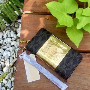 Michael Kors Jet Set + Gold Stripe Phone Wristlet