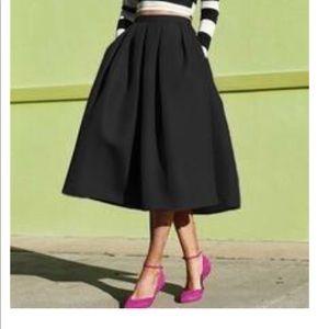 H&M black skirt. Brand new