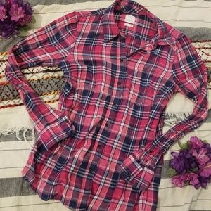 Gap Pink Flannel Long Sleeves Button Up