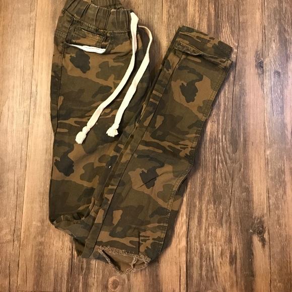 f4993be37ff American Bazi Pants - Camo Joggers ⭐️