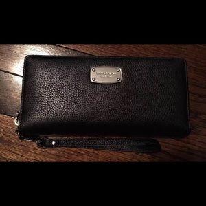 Michael Kors Wallet Jet Set Wallet