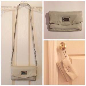 Oatmeal Nine West *3-in-1* multi-pocket purse